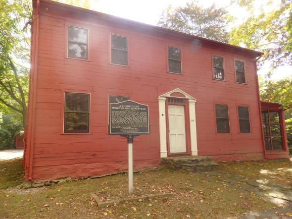 """John Downs House (""""The Minuteman House""""), 139 North Street, Milford, CT (photo credit: Tim Chaucer)."""